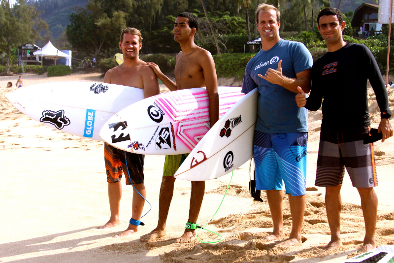 Nascut orb, Derek Rabelo a devenit un surfer profesionist (6)