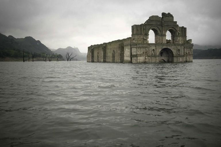 Biserica Veche De 400 de Ani A iesit La Vedere Din Apele Unui Lac Din Mexic (3)