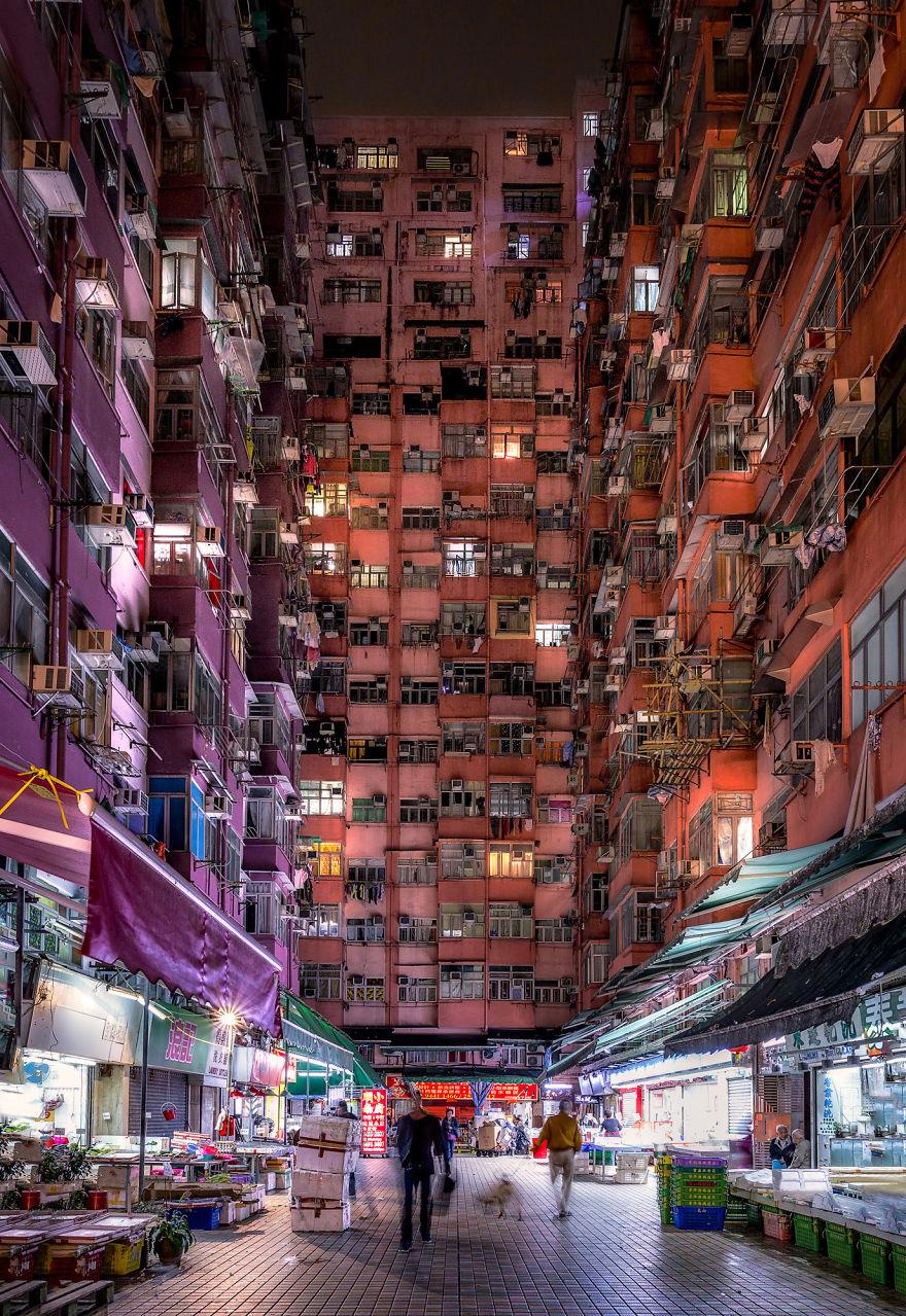 Atmosfera Si Strazile din Vechiul Hong Kong Prin Ochii Unui Fotograf