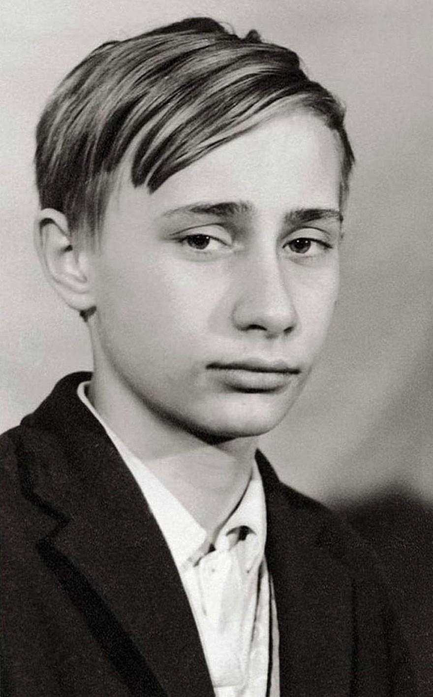 Vladimir Putin - 10 Fotografii Surprinzatoare cu Lideri Politici ai Lumii Inainte sa Devina Faimosi