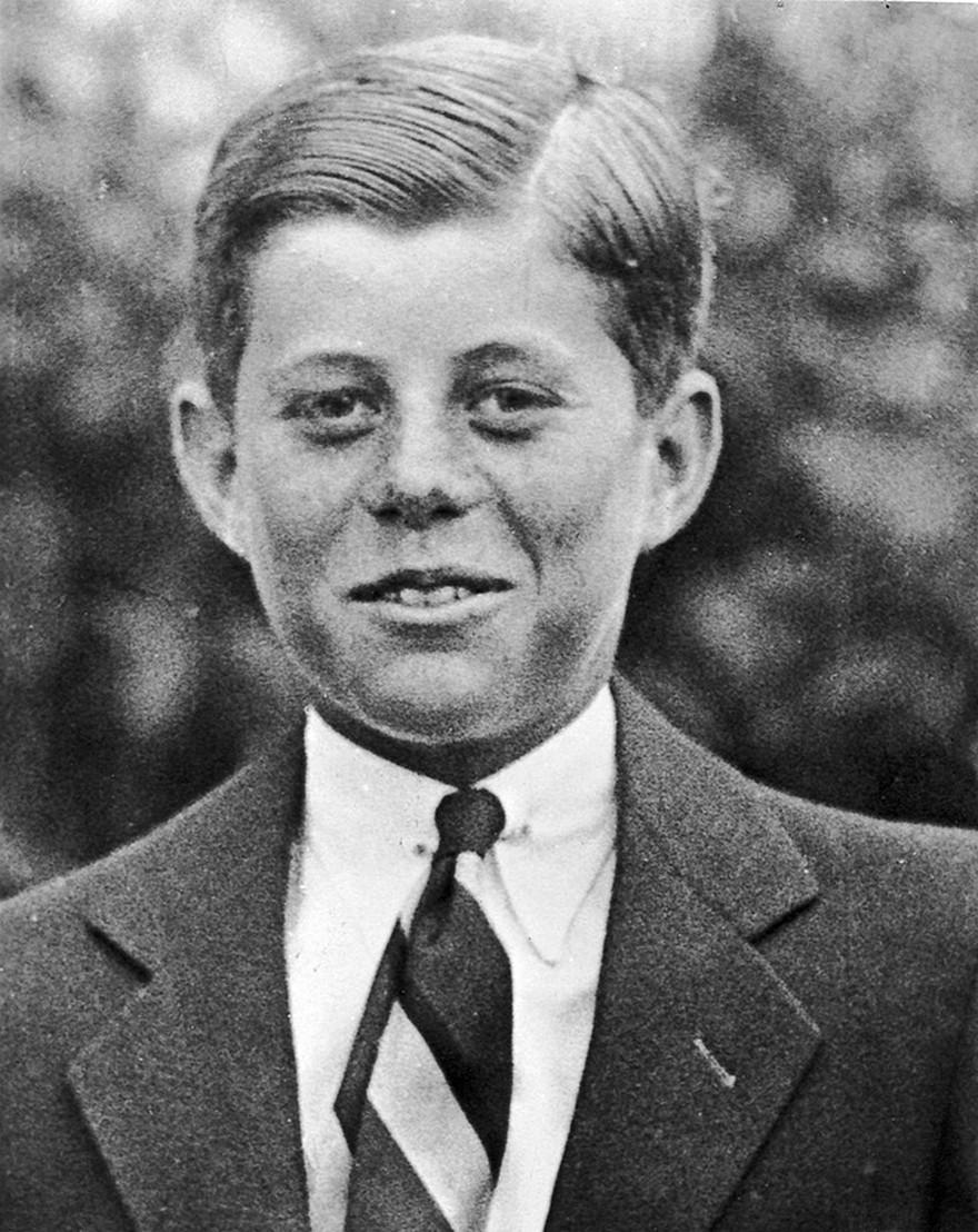 John F. Kennedy - 10 Fotografii Surprinzatoare cu Lideri Politici ai Lumii Inainte sa Devina Faimosi