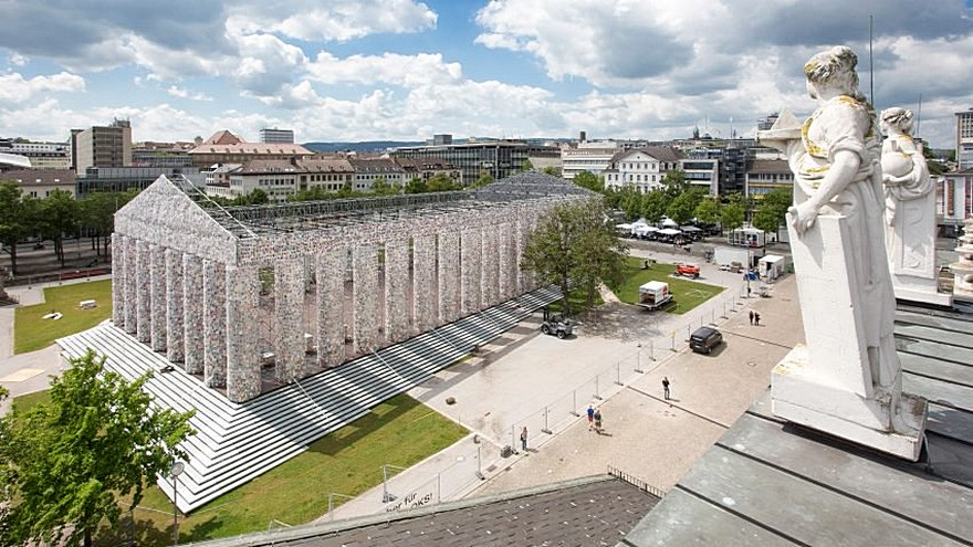 100.000 De Carti Interzise 9 - The Parthenon of Books