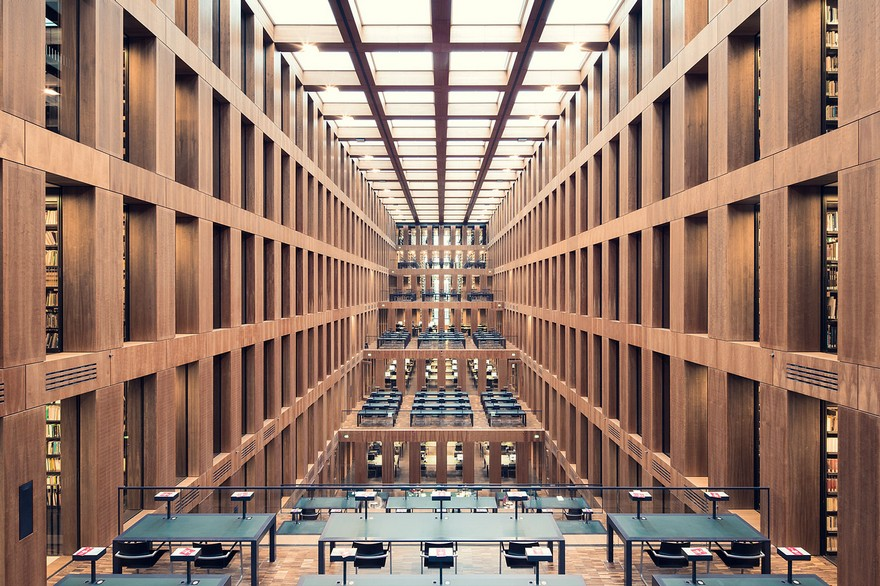 20 De Biblioteci din Europa Cu O Arhitectura Interioara Incantatoare 1