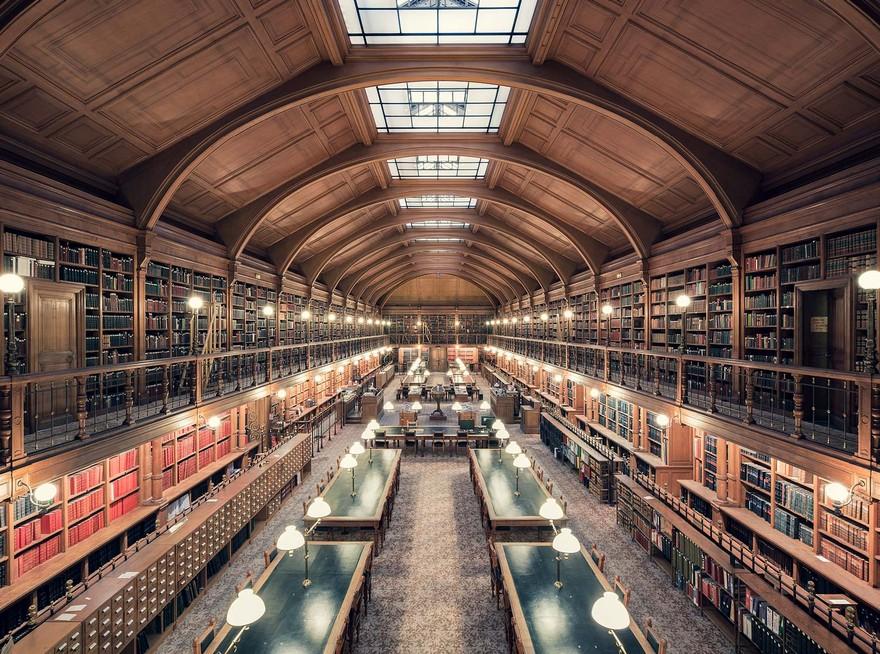 20 De Biblioteci din Europa Cu O Arhitectura Interioara Incantatoare 3