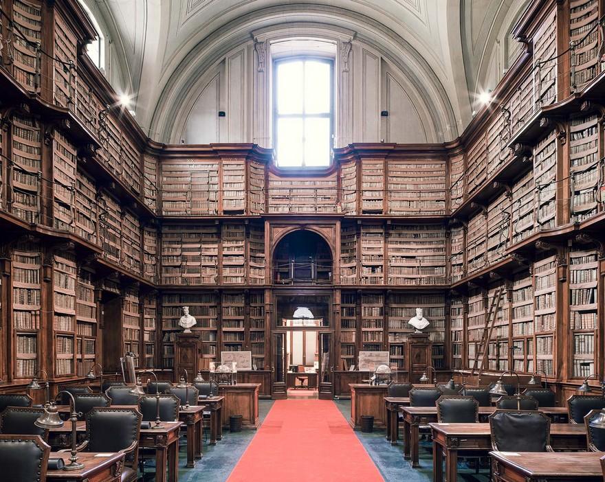 20 De Biblioteci din Europa Cu O Arhitectura Interioara Incantatoare 6