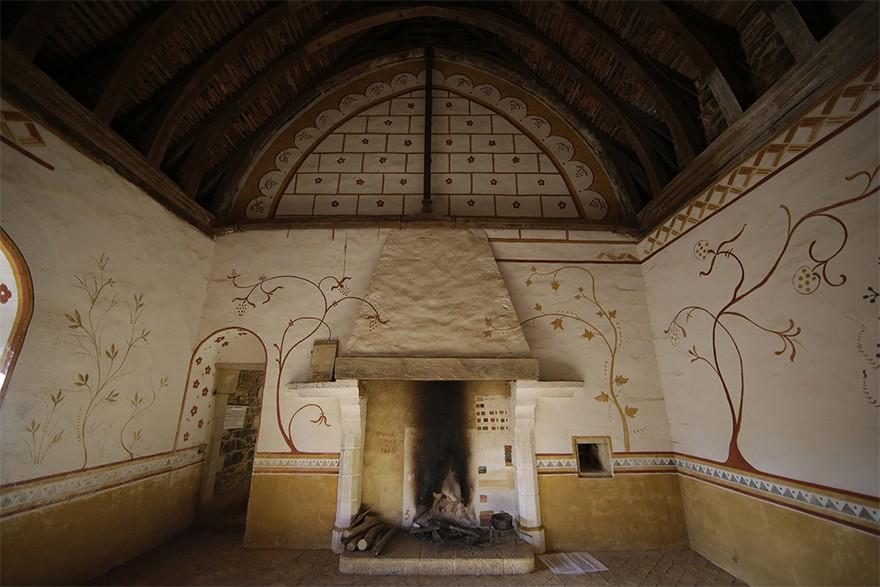 Castel Medieval Construit Azi Cu Tehnici Si Materiale Din Sec. XIII 14
