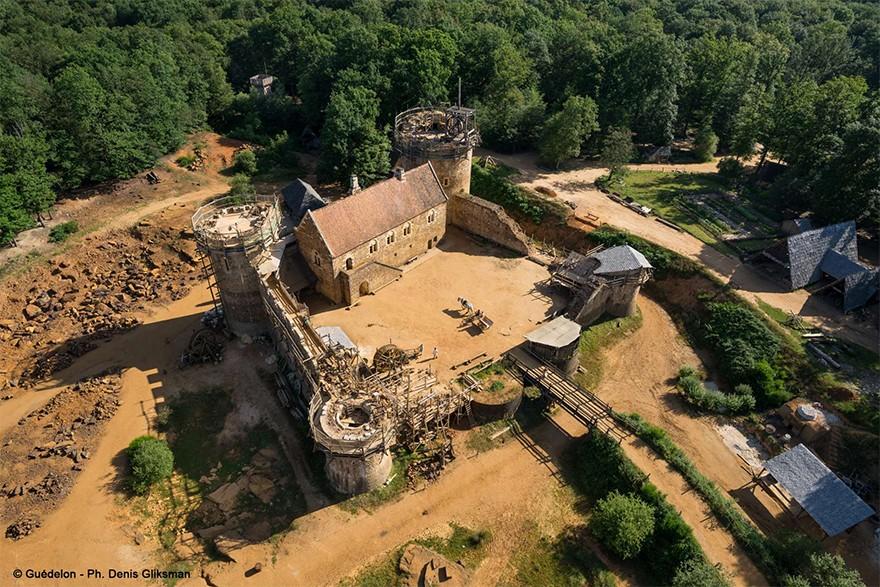 Castel Medieval Construit Azi Cu Tehnici Si Materiale Din Sec. XIII 17