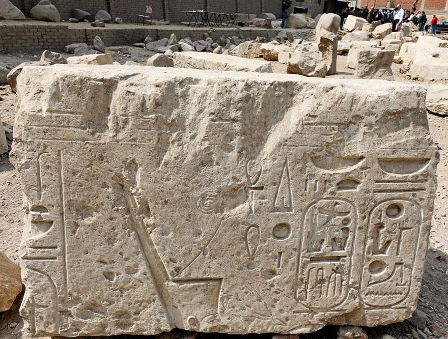 O Statuie Veche De 3000 De Ani Reprezentand Pe Ramses Al II-lea Descoperita In Egipt 6