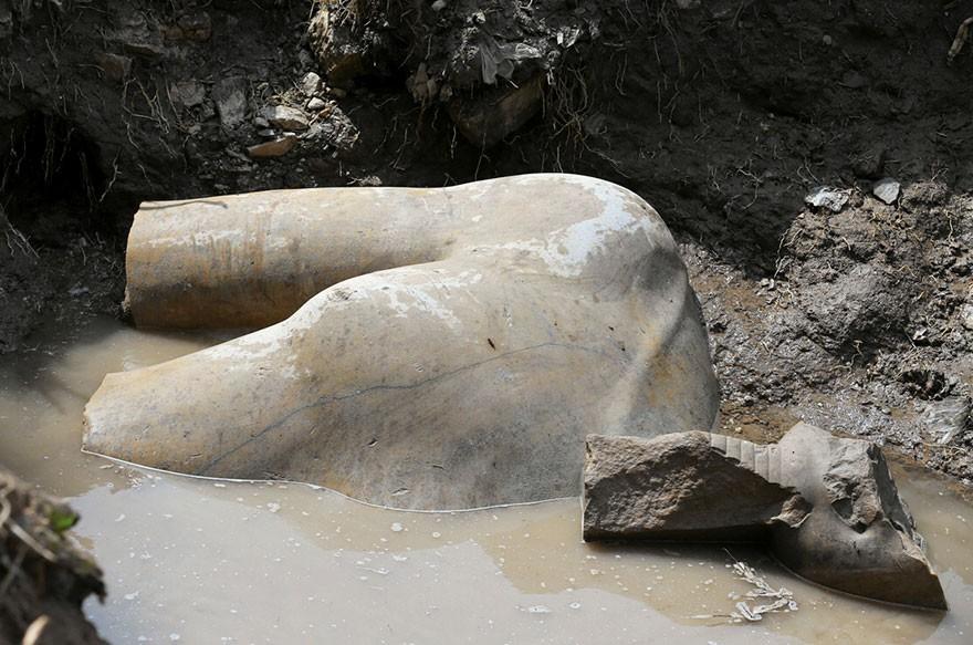 O Statuie Veche De 3000 De Ani Reprezentand Pe Ramses Al II-lea Descoperita In Egipt 1