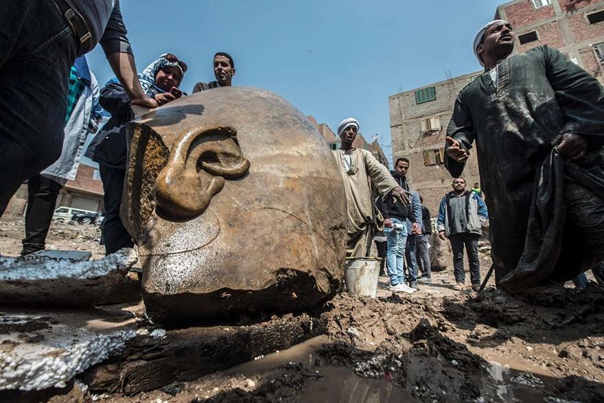 O Statuie Veche De 3000 De Ani Reprezentand Pe Ramses Al II-lea Descoperita In Egipt 2